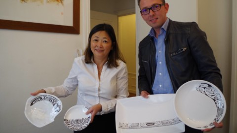 Caroline Tang reçoit Marc Osselez, responsable de Comptoir des Ambiances-Inspiration Tahiti
